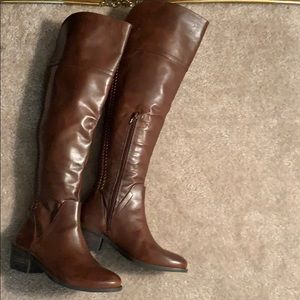 Vince Camuto Over the Knee Upper Leather VC-Bendra